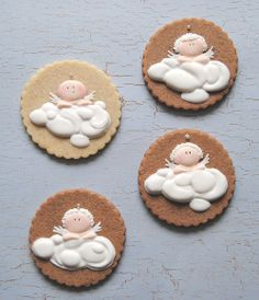 galletas de comunión | Viva LaTarta - are these not the sweetest baby cookies you have EVER SEEN?