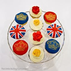 Regally beautiful Jubilee celebration cupcakes.