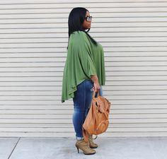 Plus Size Work, Leopard Fashion, Poncho Tops, Ivy League, Jean Top, Jeans And Boots, Plus Size Fashion, Autumn Fashion, Fashion Accessories