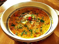 Ciorba de legume cu taitei Soup Recipes, Vegan Recipes, Cooking Recipes, Romanian Food, Dessert Drinks, Soup And Salad, Soups And Stews, Food For Thought, Summer Recipes