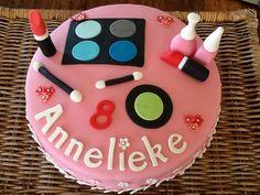Make up taart roze