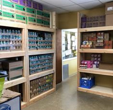 Need a creative Eagle Scout project idea? Here are 20 awesome ideas that will help you show leadership and serve your community. Girl Scout Uniform, Girl Scout Swap, Girl Scout Leader, Scout Mom, Cub Scouts, Eagle Scout Project Ideas, Build A Greenhouse, Girl Scout Crafts, Brownie Girl Scouts