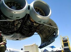 Vickers VC-10 K3 engine maintanence