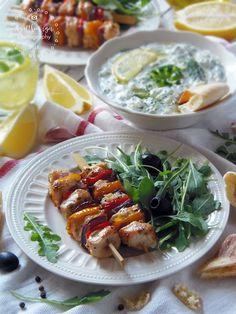 Az otthon ízei: Görög citromos, fokhagymás csirkenyársak Grilling, Tacos, Mexican, Meat, Ethnic Recipes, Food, Crickets, Essen, Meals