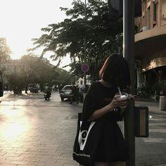   Lấy = Follow   #Kye Korean Aesthetic, Aesthetic Girl, Ulzzang Fashion, Ulzzang Girl, Korean Photo, Girls Foto, Hair Icon, Min Yoonji, Girl Korea