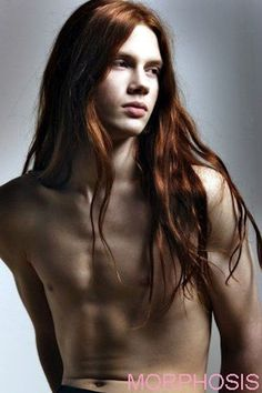 Who could honestly get weary of Bartek Borowiec ? This long-red-haired model is the only Pole within the fashion industry. Dark Red Hair, Long Red Hair, Red Hair Male, Ginger Men, Ginger Hair, Boy Models, Male Models, Ginger Models, Redhead Men