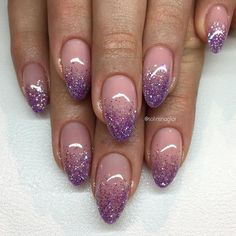 Cute, don't like the shape tho glitter fade nails, faded nails, lilac Purple Glitter Nails, Pink Nails, Violet Nails, Black Glitter, Cute Nails, Pretty Nails, Hair And Nails, My Nails, Faded Nails
