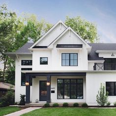 Another beauty by @mhousedevelopment! I can't get over their homes and I don't think I'll ever stop sharing them💁🏼♀️ . Photographer:… Dream House Exterior, Exterior House Colors, Exterior Homes, Exterior Paint, Black Windows Exterior, White Siding, Black Trim Exterior House, House Exterior Design, Exterior House Siding