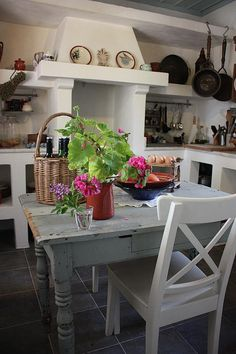 greek-home-decoration-kitchen