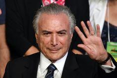 O vice-presidente da República, Michel Temer, passou mais um dia em reuniões com aliados, conversas com integrantes do PMDB e de outros partidos ou recebendo sugestões para a formação de um eventual governo, caso a presidenta Dilma Rousseff seja afastada pelo Senado em maio e ele assuma a Presidência