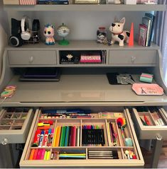 25 Super Ideas diy decorao office desk organization organizing ideas, – Home Office Design Diy Study Room Decor, Cute Room Decor, Study Rooms, Girl Bedroom Designs, Girls Bedroom, Childrens Bedroom, Bedroom Ideas, 6 Year Old Girl Bedroom, Comfy Bedroom