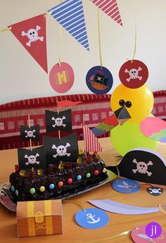 "Dekoration - PDF - Craft Set ""Pirate Party Decoration"" - et designerprodukt af Jessi . Pirate Birthday, Pirate Theme, Baby Birthday, Birthday Parties, Diy For Kids, Crafts For Kids, Pirate Party Decorations, Craft Kits, Birthdays"