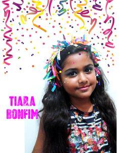 Tiara bonfim Feitas a mão e com o coração. Pedidos pela nossa fanpage no facebook; Inbox e por e-mail. (contatolalyblue@gmail.com) www.facebook.com/lalybluelembrancascriativas #handmade #feitoamao #lalyblue #carnaval #blocos #fantasia #blocosdorio #tiara #love #coração #acessórios #frida #headband #umamoremcadabloco #flora