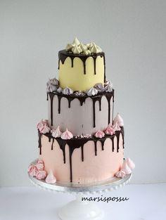 Marsispossu: Pastellisävyinen marenkikakku, Drip cake