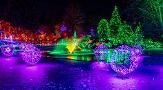 christmas lights panorama extravaganza - so i sees what i sees .these were fabulous christmas lights set to music with frozen water. i had to time the shots and merge a few Frozen Water, Christmas Lights, Cities, Shots, Architecture, Music, Christmas House Lights, Musik, City