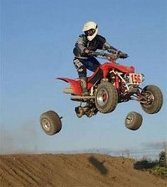 QUADCRAZY ATV Community Photo Gallery where members can upload their ATV photos to share with our community. Upload your ATV pictures as a member of our ATV community. Sports Fails, Funny Accidents, Perfectly Timed Photos, Perfect Timing, Having A Bad Day, Sports Humor, Funny Sports, Funny Moments, Awkward Moments