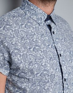 Mode Polo, Second Skin, Paisley Print, Damask, Cool Things To Buy, Shirt Dress, My Style, Mens Tops, Venezuela