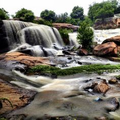 Reedy River Falls - How amazing is it that this gorgeous scenery is located in downtown Greenville, SC? Talk about unique. How many places do you know that have this kind of attraction in the middle of town? Plus, there is so much to do in the area besides take amazing pictures.