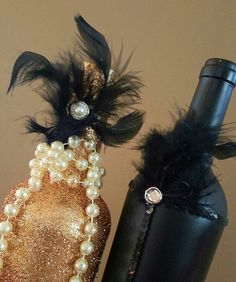 Wedding Centerpiece Set!  Great Gatsby! Black Gold and Glitter Feathers Pearls Gold!  Party Bridal Shower Centerpiece Decor! Any Quantity! by WeddingDecorandMore1 on Etsy