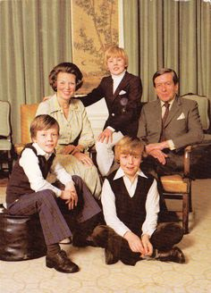 Top row: Queen (now Princess) Beatrix, Prince (now King) Willem-Alexander, Prince Claus (1926-2002).  Sitting: Prince Constantijn, and Prince Johan Friso (1968-2013).