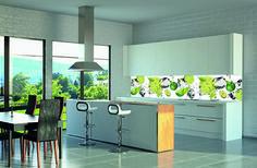 LED verlichting in combinatie met een print als glazen achterwand #keukenglas #kitcheninspiration #splashback