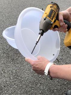 Concrete Sheds, Concrete Yard, Concrete Cement, Cement Pots, Concrete Planters, Concrete Crafts, Concrete Projects, Diy Projects, Diy Molding