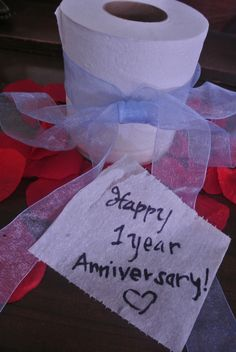 Tips to Create A Perfect wedding Anniversary Gift Idea: Love Letters