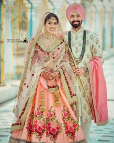 Wedding Function Outfits Inspiration for groom. Heavy floral embroidery or a minimal floral print sherwani for wedding outfit. Sikh Wedding Dress, Punjabi Wedding Couple, Couple Wedding Dress, Wedding Outfits For Groom, Indian Wedding Couple Photography, Wedding Sherwani, Sherwani Groom, Punjabi Couple, Wedding Couples