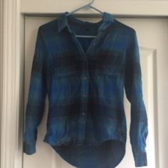 Blue/Green Flannel Blue/green flannel with red and black strips. Worn acouple times. The sleeves can be rolled up like in the picture. No buttons missing Full Tilt Tops Button Down Shirts