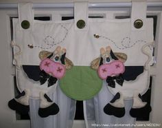 cortina vaca. Quilted Curtains, No Sew Curtains, Cortinas Country, Diy Window Shades, Cow Kitchen, Cow Pattern, Cow Art, Patch Quilt, Kitchen Curtains