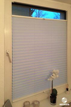 sensuna® Plissee im Wohnzimmer - Kundenfoto / sensuna® pleated blind in the living room - customerphoto