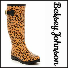"BETSEY JOHNSON LEOPARD RAIN BOOTS Black Buckle NEW WITH TAGS RETAIL PRICE: $95  BETSEY JOHNSON LEOPARD Black Buckle Tall Jelly Lug Rain Boots  * Pull On style, near knee high  * Allover black leopard print   * Round Toe, chunky 1"" heel lug sole  * Buckle strap detail  * About 13"" high shaft & about a 15.25"" opening  Fabric: Rubber Upper & Textile Lining, Rubber sole Color: Black leopard print Item:   No Trades ✅ Offers Considered*✅ *Please use the blue 'offer' button to submit an offer…"