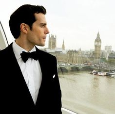 MY @henrycavill  you are waiting for me?  I LOVE YOU  REPOST @henrycavillorg  #adybell33videospicshc