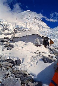 ▲ camping......Mount Everest base camp in Nepal.