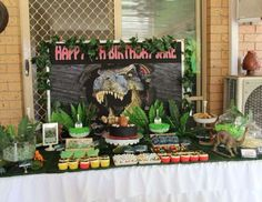 Throw a Prehistoric Dinosaur party for your kid's next bash. With dino egg snacks, T-rex decorations, and of course Apple & Eve juice, the event is sure to go down in history. Birthday Party At Park, Birthday Party Desserts, Dinosaur Birthday Party, Third Birthday, Birthday Ideas, Jurassic Park Party, Park Party Decorations, Jurrassic Park, The Good Dinosaur