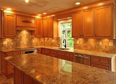 Paint colors for kitchens with light maple cabinetswhat color wood floor goes with maple cabinets     Good Looking  . Paint Colors For Kitchen Walls With Maple Cabinets. Home Design Ideas