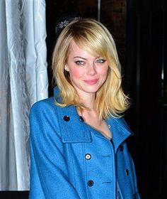 NEW YORK, NY - NOVEMBER 13:  Emma Stone attends The Ninth Annual CFDA/Vogue Fashion...