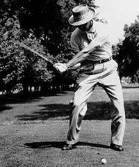 Golf Tips: Golf Clubs: Golf Gifts: Golf Swing Golf Ladies Golf Fashion Golf Rules & Etiquettes Golf Courses: Golf School: Sam Snead, Pga Tour Players, Golf Etiquette, Classic Golf, Golf Chipping, Chipping Tips, Vintage Golf, Golf Instruction, Golf Quotes