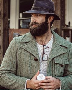 All things facial hair with trending styles of todays bearded look. Top facial looks and tips on personal grooming. Great Beards, Awesome Beards, Beard Beanie, Epic Beard, Beard Love, Beard Tattoo, Bear Men, Hair And Beard Styles, My Guy