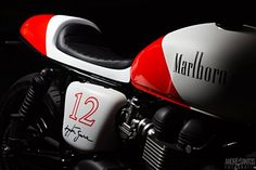 This Ayrton Senna Tribute Triumph Bonneville is a work of art - BikeWale News