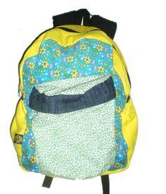 mochilas divertidas amarilla