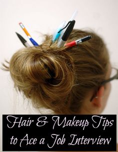 If you want a light brown hair color, you need to dye it properly or you will end up with orange or green hair. Find out how to dye your hair light brown. Hair And Makeup Tips, Hair And Nails, Hair Makeup, Work Hairstyles, Latest Hairstyles, Job Interview Hairstyles, Interview Attire, School Hairstyles, Light Brown Hair