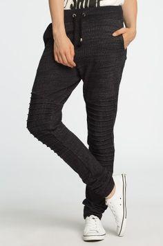 Vero Moda - Spodnie Serena Noisy May