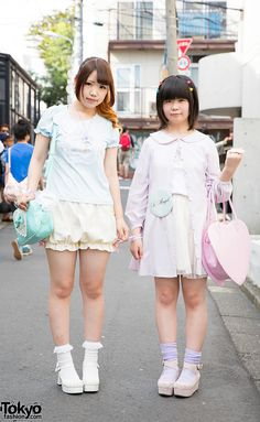 Chiikama (17) and Nono (16) are two Japanese students who we met in Harajuku…
