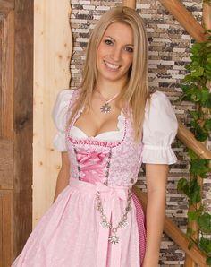 Dirndl pink light color white shirt blonde with smile Drindl Dress, Maid Dress, The Dress, Octoberfest Girls, Beer Girl, Feminine Dress, Sweet Dress, Ao Dai, Traditional Dresses