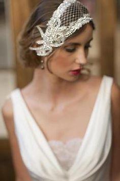20 Modern Bridal Hair Accessories – The World Of Lingerie Bridal Hat, Wedding Headband, Bridal Headpieces, Fascinators, Veil Hairstyles, Wedding Hairstyles, Pelo Vintage, Vintage Hair, Wedding Headdress