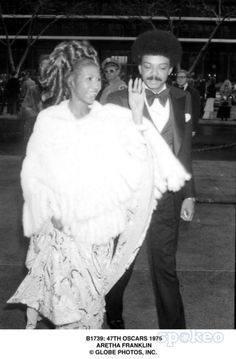 Aretha and Ken Cunningham arriving to the Academy Awards, 1975