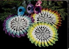 Vintage Crochet PATTERN to make - Sunburst Pleated Ruffle Doily. This is a pattern and/or instructions to make the item only. - I Crochet World Free Crochet Doily Patterns, Tatting Patterns, Crochet Designs, Free Pattern, Crochet Dollies, Crochet Home Decor, Types Of Craft, Or Antique, Craft Patterns