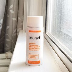 This @muradskincare sunscreen is in my regular rotation. Love that I can wear it under makeup but still no I'm getting good protection.