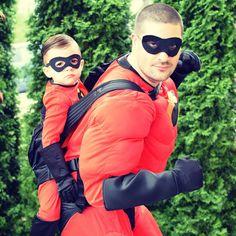 Babywearing Halloween costume: Mr. Incredible and Jack Jack